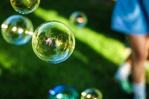 waterbellen in groen blauw